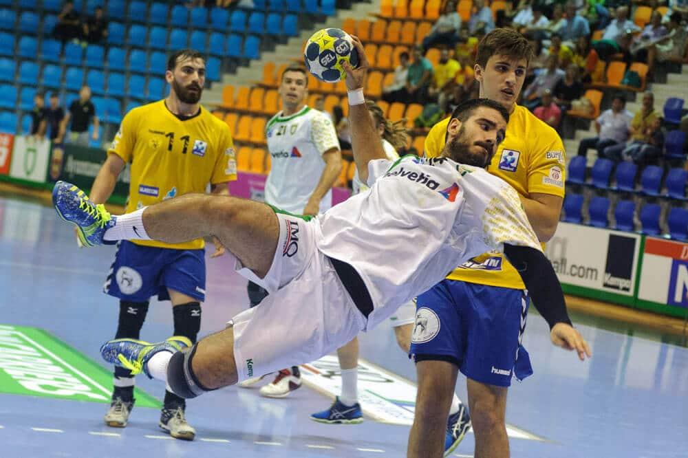 Comment soigner la tendinite de l'épaule du handballeur avec l'ostéopathie ?